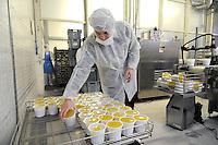 - Con.Bio. a Santarcangelo di Romagna, azienda leader in Italia per la produzione di alimenti vegetali e biologici; <br /> confezionamento della crema vellutata di lenticchie e zucca<br /> <br /> - Con.Bio. in Santarcangelo di Romagna, leading company in Italy for the production of vegetable and biological food; <br /> packaging of velvety cream of lentils and pumpkin