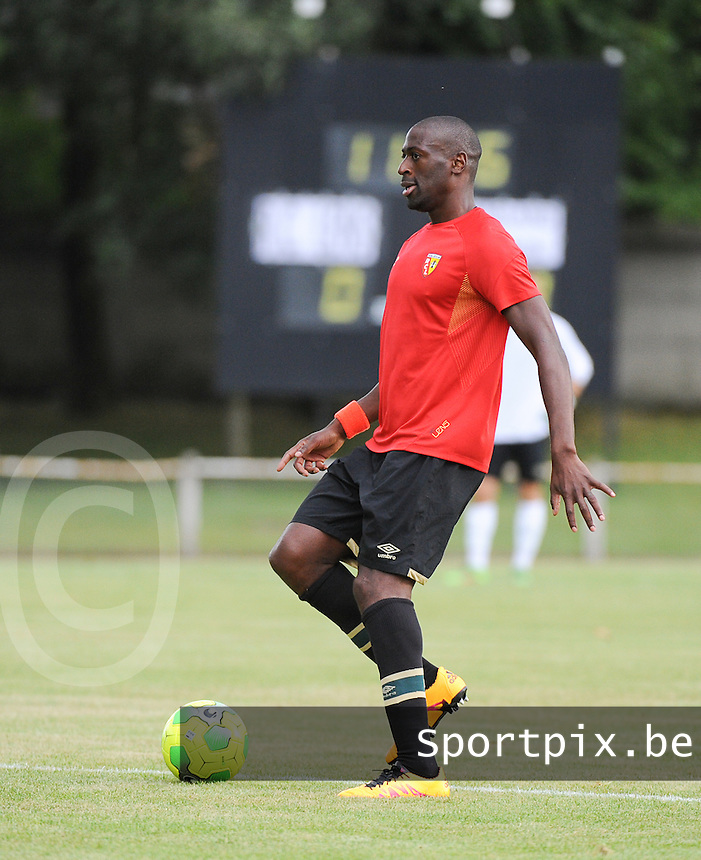 20160713 - DOUAI , FRANCE : RC Lens' Mohamed Fofana pictured during a friendly game between Racing Club de LENS and Waasland Beveren during the preparations for the 2016-2017 season , Wednesday 13 July 2016 ,  PHOTO Dirk Vuylsteke | Sportpix.Be