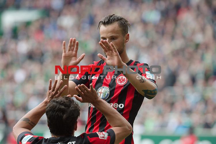 02.05.2015, Weser Stadion, Bremen, GER, 1.FBL. Werder Bremen vs Eintracht Frankfurt, im Bild<br /> <br /> Haris Seferovic (Eintracht Frankfurt)<br /> Nelson Valdez (Eintracht Frankfurt)<br /> <br /> <br /> <br /> Foto &copy; nordphoto / Kokenge