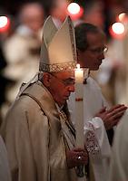 20150202 PAPA FRANCESCO CELEBRA LA MESSA PER I RELIGIOSI E LE RELIGIOSE