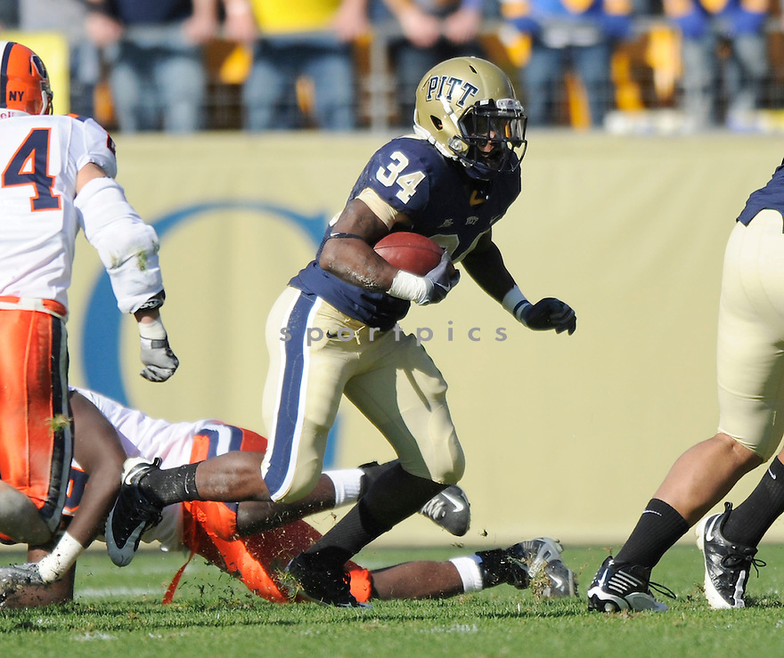 RAY GRAHAM, of the Pittsburgh Panthers in action during the Panthers game against the Syracuse Orangemen on November 7, 2009 in Pittsburgh, PA. Panthers won 37-10.