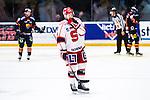 Stockholm 2014-02-24 Ishockey Hockeyallsvenskan Djurg&aring;rdens IF - S&ouml;dert&auml;lje SK :  <br /> S&ouml;dert&auml;ljes Emil Billberg deppar<br /> (Foto: Kenta J&ouml;nsson) Nyckelord:  depp besviken besvikelse sorg ledsen deppig nedst&auml;md uppgiven sad disappointment disappointed dejected