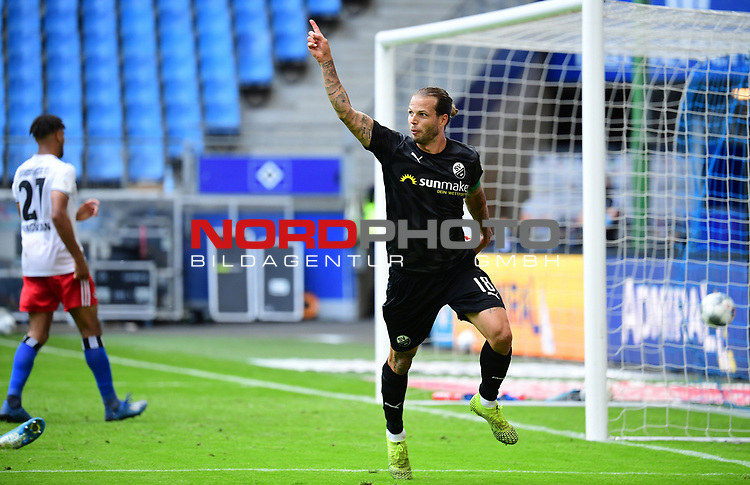 1:5 Tor, Jubel, Torschuetze Dennis Diekmeier (Sandhausen)<br />