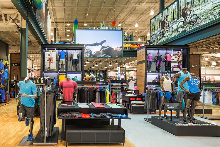 Dick's Sporting Goods at Liberty Town Center   FRCH Design Worldwide