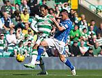Celtic v St Johnstone...29.08.15  SPFL   Celtic Park<br /> Graham Cummins battle with Virgil van Dijk<br /> Picture by Graeme Hart.<br /> Copyright Perthshire Picture Agency<br /> Tel: 01738 623350  Mobile: 07990 594431