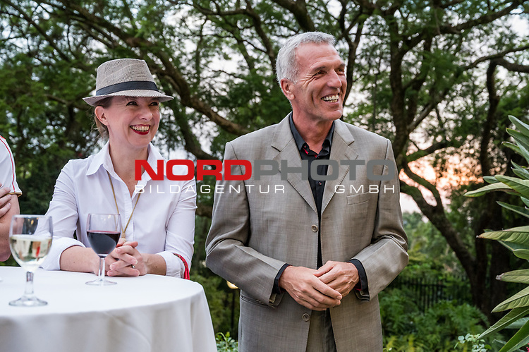 10.01.2019, Deutsche Botschaft, Pretoria, RSA, TL Werder Bremen Johannesburg Tag 08 - Besuch der Botschaft der Bundesrepublik Deutschland<br /> <br /> im Bild / picture shows <br /> Ernst Middendorp (Manager / Head Coach / Trainer Kaizer Chiefs FC) mit Ehefrau, <br /> beim Besuch der Deutschen Botschaft in Pretoria w&auml;hrend des Trainingslagers in S&uuml;dafrika / Delegation of Werder Bremen visiting German Embassy in Pretoria during day 8 of training camp in South Africa, <br /> <br /> Foto &copy; nordphoto / Ewert
