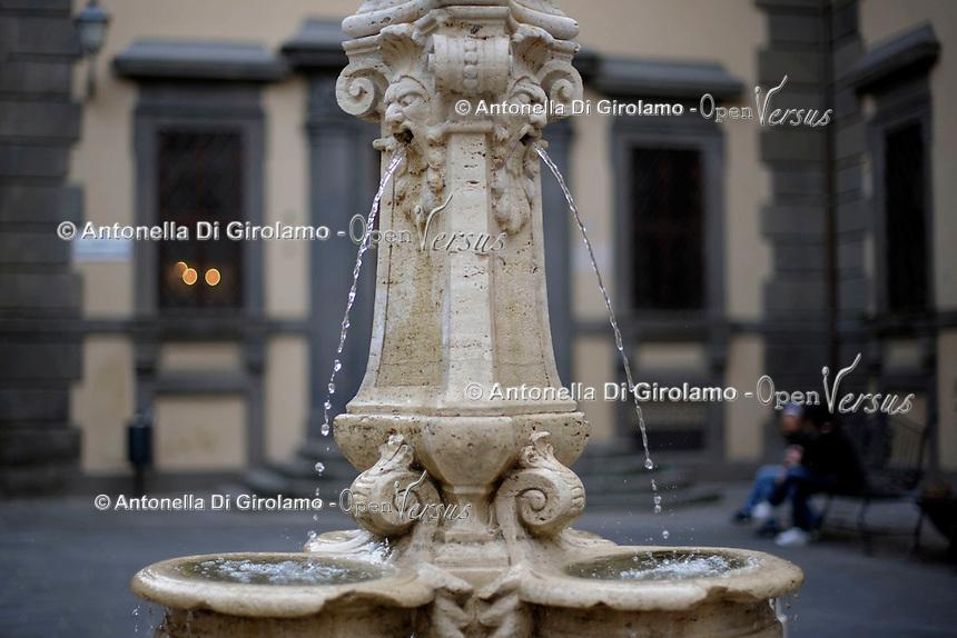 Paliano.La fontana di piazza Colonna.