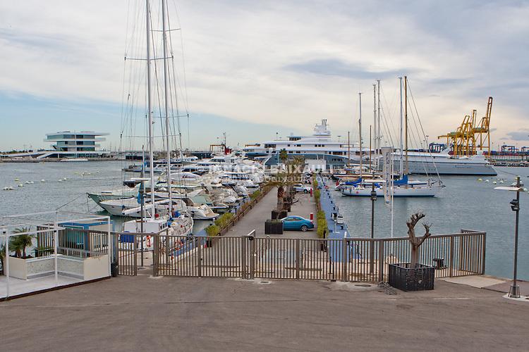 Radiant motor yacht in Marina Real Juan Carlos I, Valencia