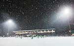 Stockholm 2015-01-06 Bandy Elitserien Hammarby IF - V&auml;ster&aring;s SK :  <br /> Vy &ouml;ver Zinkensdamms IP med sn&ouml;v&auml;der under matchen mellan Hammarby IF och V&auml;ster&aring;s SK <br /> (Foto: Kenta J&ouml;nsson) Nyckelord:  Elitserien Bandy Zinkensdamms IP Zinkensdamm Zinken Hammarby Bajen HIF V&auml;ster&aring;s VSK utomhus exteri&ouml;r exterior sn&ouml; sn&ouml;v&auml;der v&auml;der supporter fans publik supporters
