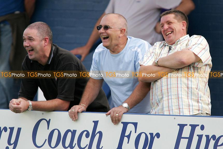 Grays Athletic Football Club Fans - 06/08/05 - MANDATORY CREDIT: Gavin Ellis/TGSPHOTO - SELF-BILLING APPLIES WHERE APPROPRIATE. NO UNPAID USE -  Tel: 0845 0946026