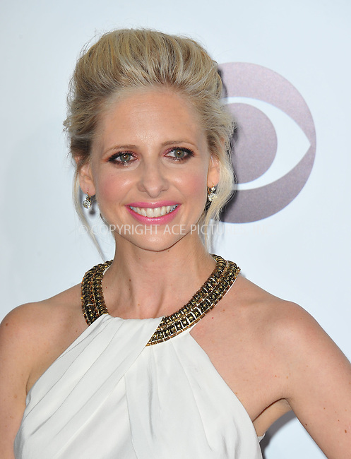WWW.ACEPIXS.COM<br /> <br /> <br /> January 8, 2014, Los Angeles, CA.<br /> <br /> Sarah Michelle Gellar arriving atThe 40th Annual People's Choice Awards held at Nokia Theatre L.A. Live on January 8, 2014 in Los Angeles, California. <br /> <br /> <br /> <br /> <br /> <br /> <br /> By Line: Peter West/ACE Pictures<br /> <br /> ACE Pictures, Inc<br /> Tel: 646 769 0430<br /> Email: info@acepixs.com