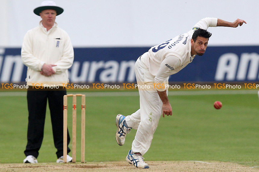 Saj Mahmood in bowling action for Essex - Essex CCC vs Kent CCC - Pre-Season Friendly Cricket Match at the Essex County Ground, Chelmsford - 04/04/14 - MANDATORY CREDIT: Gavin Ellis/TGSPHOTO - Self billing applies where appropriate - 0845 094 6026 - contact@tgsphoto.co.uk - NO UNPAID USE