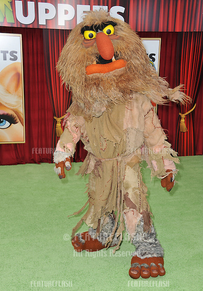 "Sweetums at the world premiere of ""The Muppets"" at the El Capitan Theatre, Hollywood..November 12, 2011  Los Angeles, CA.Picture: Paul Smith / Featureflash"