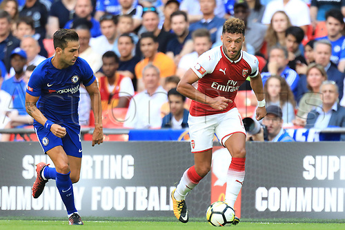 August 6th 2017, Wembley Stadium, London, England; FA Community Shield Final, Arsenal versus Chelsea; Alex Oxlade-Chamberlain of Arsenal breaks away from Cesc Fabregas of Chelsea