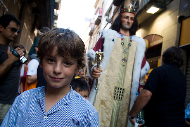 Vilafranca del Pnedes, Barcelona, Catalonia, childrens day, gegantes, 11 years old Francesc dances inside the giant figure of King James I