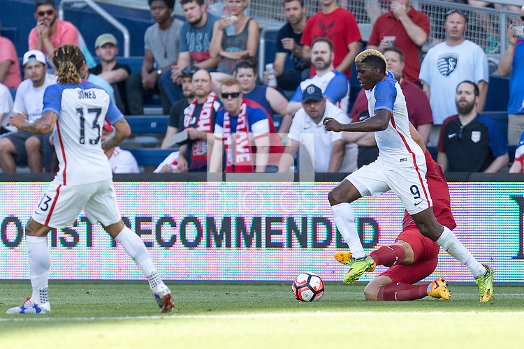 Kansas City, KS. - May 28, 2016: The U.S. Men's national team go on to defeat Bolivia 4-0 during an international friendly tuneup match prior to the opening of the 2016 Copa America Centenario at Children's Mercy Park.
