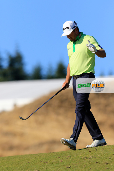 Graeme McDOWELL (NIR) tees off the par3 15th tee during Friday's Round 2 of the 2015 U.S. Open 115th National Championship held at Chambers Bay, Seattle, Washington, USA. 6/20/2015.<br /> Picture: Golffile | Eoin Clarke<br /> <br /> <br /> <br /> <br /> All photo usage must carry mandatory copyright credit (&copy; Golffile | Eoin Clarke)