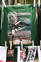 t-shirt  of the  Springsteen illegal  fake merchandising sold in Naples before the perfomance  of the Boss ....NAPOLI ACCENDINI SCIARPE CAPELLI E MAGLIETTE RIGOROSAMENTE FALSE VENDUTE AI  FAN DI BRUCE SPRINGSTEEN .FOTO DE LUCA.