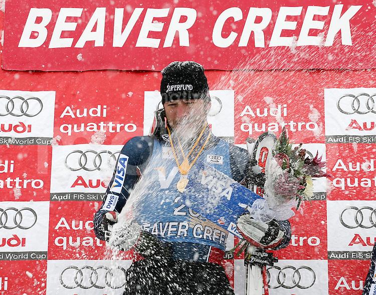 Ski Alpin; Saison 2006/2007  Abfahrt Herren JUBEL, Sieger Bode Miller(USA) mit Champagner