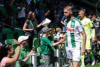 GRONINGEN - Voetbal, Open dag FC Groningen ,  seizoen 2017-2018, 06-08-2017,  FC Groningen speler Lars Veldwijk  en FC Groningen doelman Segio Padt bij de fans