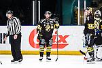Stockholm 2014-01-18 Ishockey SHL AIK - F&auml;rjestads BK :  <br /> AIK:s Christian Sandberg och AIK:s Guntis Galvins deppar<br /> (Foto: Kenta J&ouml;nsson) Nyckelord:  depp besviken besvikelse sorg ledsen deppig nedst&auml;md uppgiven sad disappointment disappointed dejected