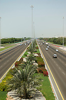 United Arab Emirates, Abu Dhabi, Divided highway between Abu Dhabi and Al Ain