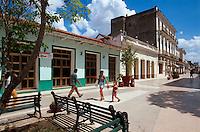 Cuba, Fußgängerzone Indepencia Sur in Sancti Spiritus