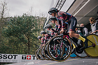 Team Canyon-Sram on the start ramp<br /> <br /> UCI WOMEN&lsquo;S TEAM TIME TRIAL<br /> Ötztal to Innsbruck: 54.5 km<br /> <br /> UCI 2018 Road World Championships<br /> Innsbruck - Tirol / Austria