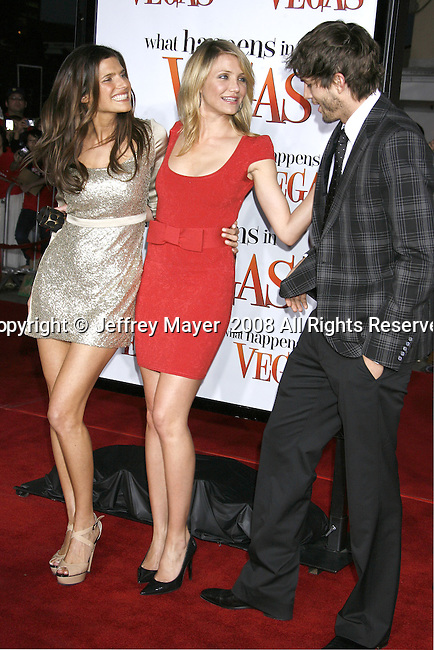 "Actress Lake Bell, actress Cameron Diaz and actor Ashton Kutcher arrive at the Premiere Of Fox's ""What Happens In Vegas"" on May 1, 2008 at the Mann Village Theatre in Los Angeles, California."