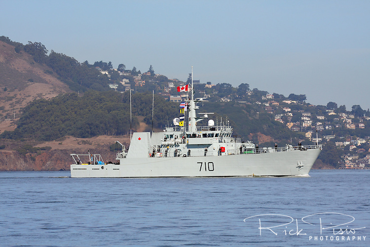 Canadian Navy Kingston class patrol Vessel HMCS Brandon (MM 710) sails across the San Francisco Bay during the 2010 Fleet Week Parade of Ships. HMCS Brandon is assigned to Maritime Forces Pacific (MARPAC) and is homeported at CFB Esquimalt.
