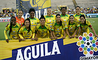 NEIVA - COLOMBIA ,31-08-2019:Formación del Atlético Huila Femenino.Acción de juego entre los equipos femeninos de Atlético Huila y el Atlético  Junior  durante partido por los cuartos de final  de la Liga  Águila Femenina 2019 jugado en el estadio Guiilermo Plazas Alcid de la ciudad de Neiva. /Team Atletico Huila wome´s.<br /> Play action between the Atlético Huila and Atlético Junior women's teams during the quarterfinal match of the 2019 Women's Liga Águila 2019 played at the Guiilermo Plazas Alcid stadium in the city of Neiva. Photo: VizzorImage / Sergio Reyes  / Contribuidor.