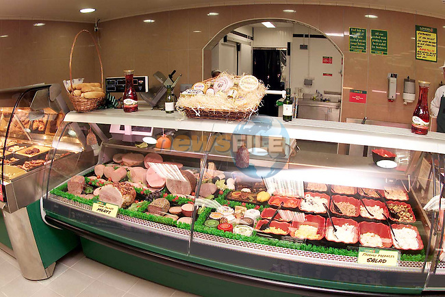 The deli department in Londis, Bettystown..Picture Paul Mohan Newsfile