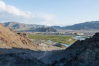 Mongolia, Bayan-Ulgii, Ulgii, over view of town.