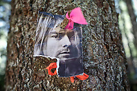 "Kurt Cobain on a tree...The yearly gathering of the Rainbow Family of Living Light took place in the  Gifford Pinchot National Forest, in the Washington State, near Portland...Rainbow Gatherings are temporary intentional communities, typically held in outdoor settings, and espousing and practicing ideals of peace, love, harmony, freedom and community, as a consciously expressed alternative to mainstream popular culture, consumerism, capitalism and mass media. These gatherings are an expression of a Utopian impulse, combined with bohemianism, hipster and hippie culture, with roots clearly traceable to the 1960s' counterculture. ..A 4-weeks road trip across the USA, from New York to San Francisco, on the steps of Jack Kerouac's famous book ""On the Road"".  Focusing on nomadic America: people that live on the move across the US, out of ideology or for work reasons."