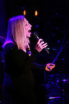 Roslyn Kind performs at 54 Below