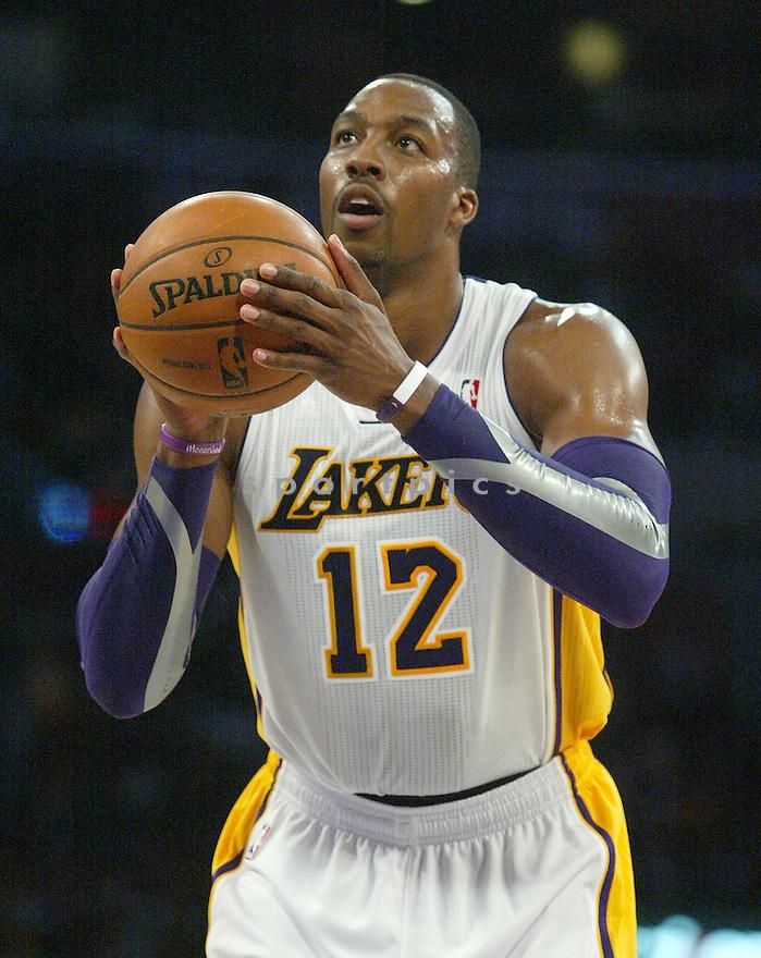 LA Lakers Dwight Howard (12)