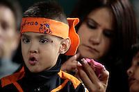 Afición naranjera, durante al primer  juego de la serie de beisbol entre Charros de Jalisco vs Naranjeros de Hermosillo de la Liga Mexicana del Pacifico en el Estadio Sonora.<br /> Hermosillo Sonora a 11 noviembre 2014. <br /> (NortePhoto.com/Straffonimages)
