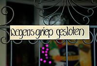 Nederland Haarlem  2016. Winkel in Haarlem is wegens griep gesloten. Foto Berlinda van Dam / Hollandse Hoogte