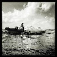 Sea Watch-2.<br /> Die Crew der 13. SAR-Mission ist auf dem Weg in ihr Einsatzgebiet vor der libyschen Kueste.<br /> Im Bild: Die Crew uebt auf dem Weg in das Einsatzgebiet mit den Rettungsbooten (Tendern oder auch RIBs).<br /> 17.10.2016, Mediterranean Sea<br /> Copyright: Christian-Ditsch.de<br /> [Inhaltsveraendernde Manipulation des Fotos nur nach ausdruecklicher Genehmigung des Fotografen. Vereinbarungen ueber Abtretung von Persoenlichkeitsrechten/Model Release der abgebildeten Person/Personen liegen nicht vor. NO MODEL RELEASE! Nur fuer Redaktionelle Zwecke. Don't publish without copyright Christian-Ditsch.de, Veroeffentlichung nur mit Fotografennennung, sowie gegen Honorar, MwSt. und Beleg. Konto: I N G - D i B a, IBAN DE58500105175400192269, BIC INGDDEFFXXX, Kontakt: post@christian-ditsch.de<br /> Bei der Bearbeitung der Dateiinformationen darf die Urheberkennzeichnung in den EXIF- und  IPTC-Daten nicht entfernt werden, diese sind in digitalen Medien nach &sect;95c UrhG rechtlich geschuetzt. Der Urhebervermerk wird gemaess &sect;13 UrhG verlangt.]