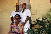 Europe/France/DOM/Antilles/Petites Antilles/Guadeloupe/Morne-à-l'eau : Pitt de Belair - Dolores Belair, Maud Ursule, Marie Louise Lazaré [Autorisation : 221-222-223] lors de la Fête des Cuisinières