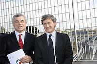 Inaugurata la Nuova Circonvallazione Interna (Tangenziale Est), aperta al traffico già dalle 6 di questa mattina.Nella foto Gianni Alemanno e Mauro Moretti