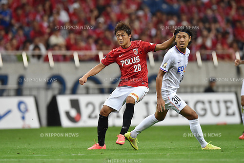 Tadanari Lee (Reds), Kosei Shibasaki (Sanfrecce),<br /> AUGUST 16, 2014 - Football / Soccer :<br /> 2014 J.League Division 1 match between Urawa Red Diamonds 1-0 Sanfrecce Hiroshima at Saitama Stadium 2002 in Saitama, Japan. (Photo by AFLO)