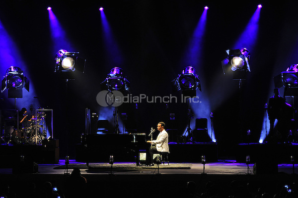 BOCA RATON - JULY 27: John Legend performs at the Mizner Park Amphitheatre on July 27, 2014 in Boca Raton, Florida MPI04/MediaPunch