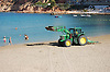 cleaning the beach<br /> limpiando la playa<br /> Strandreinigung<br /> <br /> Playa El Toro, Calvi&agrave;<br /> <br /> Original: 3008 x 2000 px<br /> 150 dpi: 50,94 x 33,87 cm<br /> 300 dpi: 25,47 x 16,93 cm