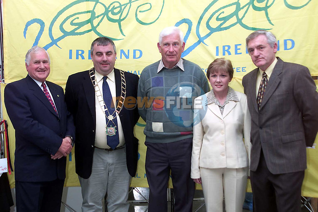 Sean Casey, Mayor Sean Collins, Tom Smith, Ann dyas and Des Clinton at the photo exhibition in the Droichead Arts Centre..Picture Paul Mohan Newsfile
