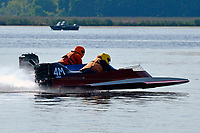 4-M, 39-W   (Outboard Hydroplanes)