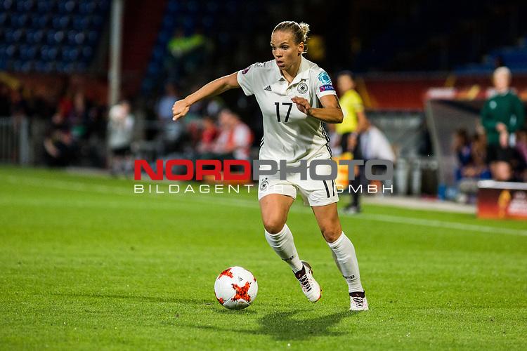 21.07.2017, Koenig Willem II Stadion , Tilburg, NLD, Tilburg, UEFA Women's Euro 2017, Deutschland (GER) vs Italien (ITA), <br /> <br /> im Bild | picture shows<br /> Isabel Kerschowski (Deutschland #17) | (Germany #17), <br /> <br /> Foto © nordphoto / Rauch