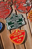 Europe/France/Rhône-Alpes/74/Haute-Savoie/La Clusaz:  Plaques d'élevage à l'alpage de Corbassière ou Marie-Louise Donzel prépare son reblochon-fermier
