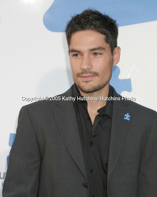 DJ Cotrona.Autism Speaks Concert, featuring Paul Simon & Jerry Seinfeld.Kodak Theater.Los Angeles, CA.September 24, 2005.©2005 Kathy Hutchins/Hutchins Photo.