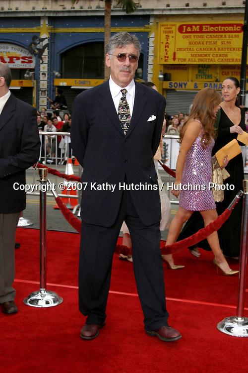 "Elliott Gould.""Ocean's Thirteen"" Los Angeles Premiere.Gruman's Chinese Theater.Los Angeles, CA.June 5, 2007.©2007 Kathy Hutchins / Hutchins Photo...."